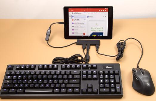 Cum se conectează tastatura și mouse-ul la telefon Android