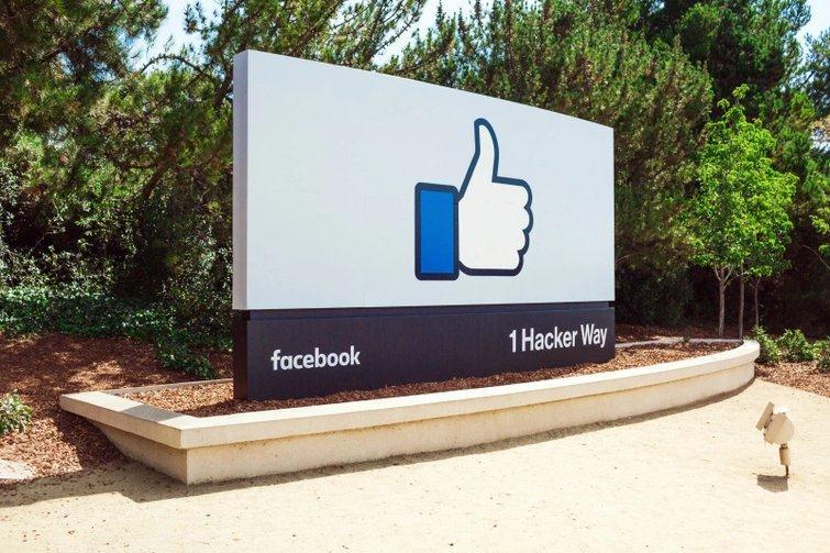 Facebook elimină 500 de milioane de conturi false în efortul de a curăța rețeaua