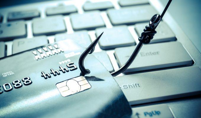 Evitați înșelătoriile de phishing pe internet sau email