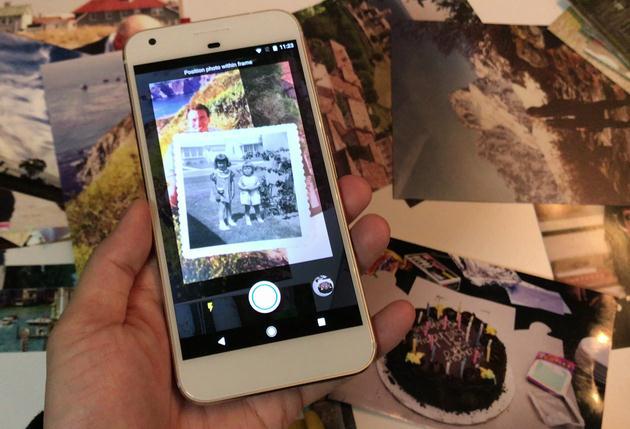 Scanează fotografii cu telefonul mobil Android sau iPhone