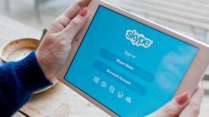 3 Moduri de a suna gratuit de pe tabletă fără SIM