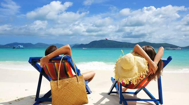 Aplicații pentru vacanțe excursii Android sau iPhone