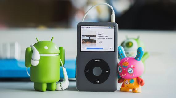 Importă sau transferă muzică din iTunes pe Android