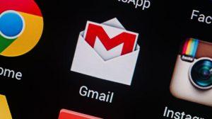 Trimite email la mai multe adrese persoane cu Gmail