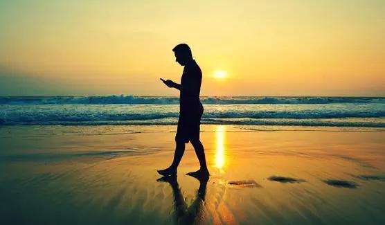 Aplicații de numărat pașii (Pedometru) Android sau iPhone