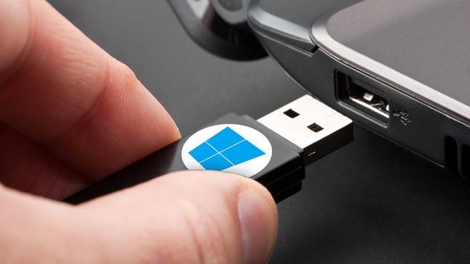Programe de făcut stick USB bootabil pentru Windows