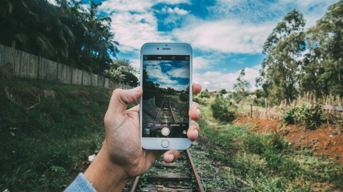 Aplicații de schimbat fundalul la poze Android sau iPhone