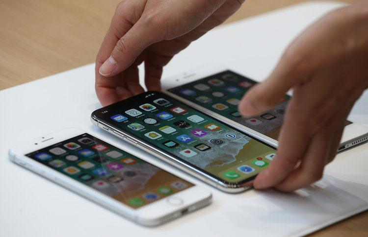 Transfer numere de telefon de pe Android pe iPhone