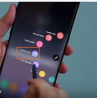 Altă metodă pentru screenshot pe Galaxy Note 8 creionul pentru ecran