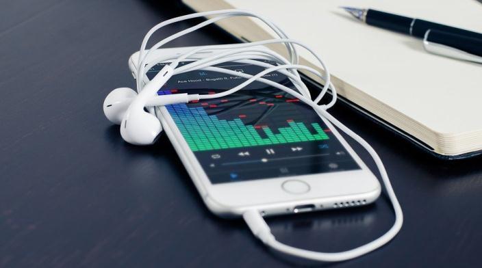 Înregistrare audio pe iPhone cu sau fără aplicație