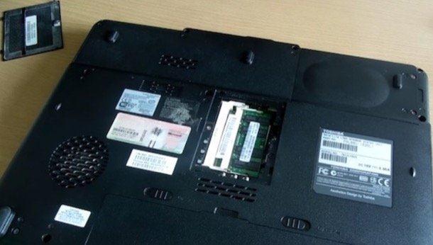 laptop dezmontat
