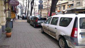 Aplicație pentru locuri de parcare Android sau iPhone
