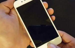 iPhone blocat cu mărul pe ecran (sfaturi utile)