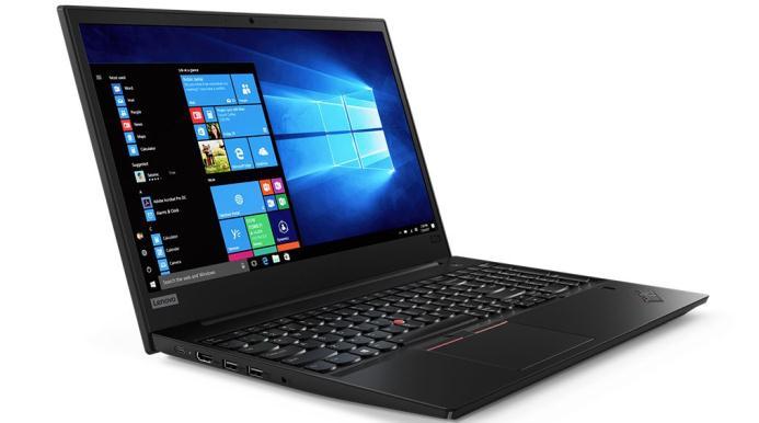 Cât curent consumă un laptop