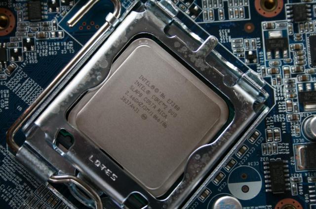 Care este diferența între CPU și GPU la calculator (Ce este un CPU)