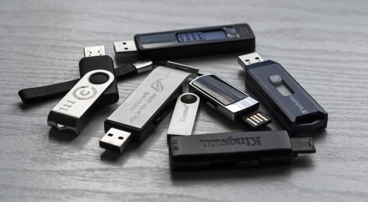 Ce stick USB să cumpăr (sfaturi utile)
