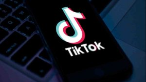 Descarcă aplicația TikTok pe Android sau iPhone